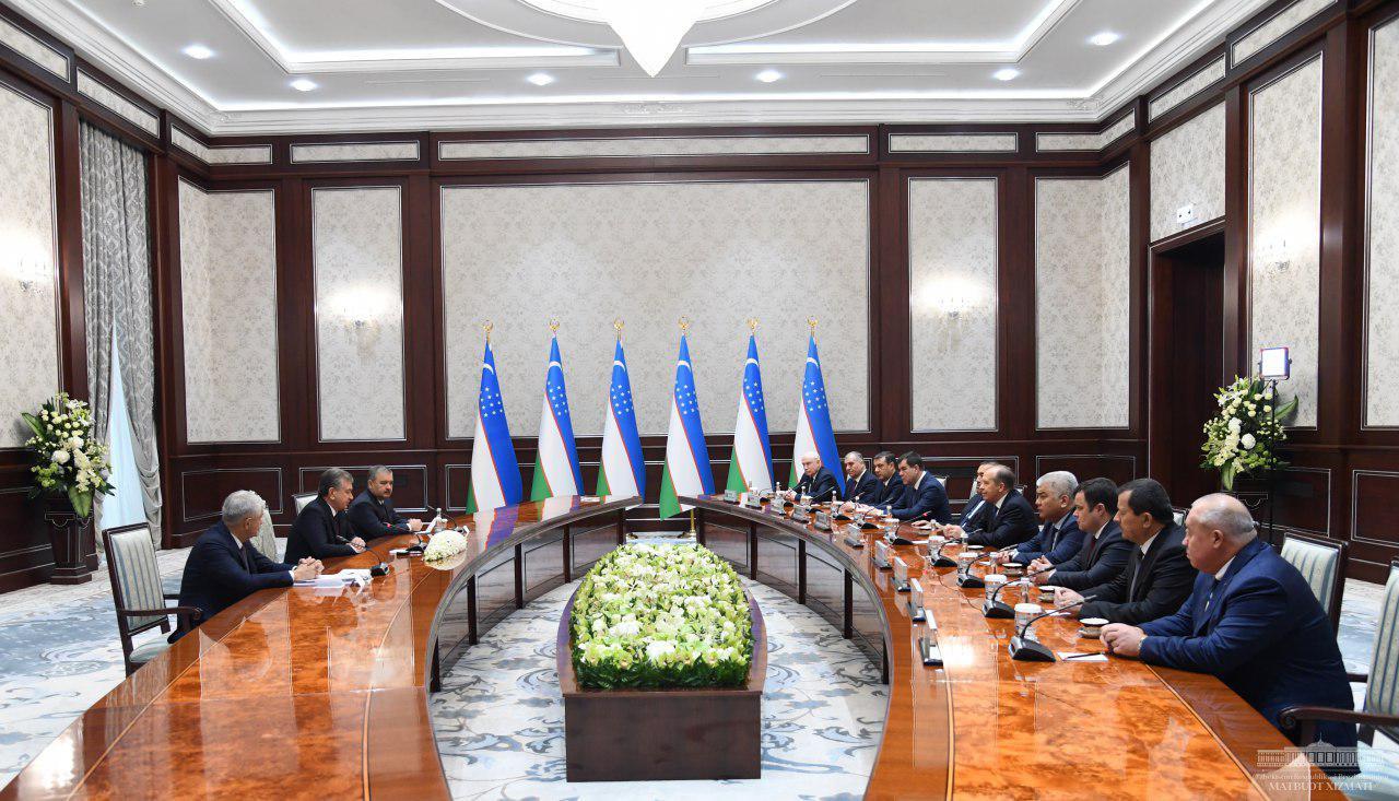 Президент Республики Узбекистан принял руководителей спецслужб стран СНГ