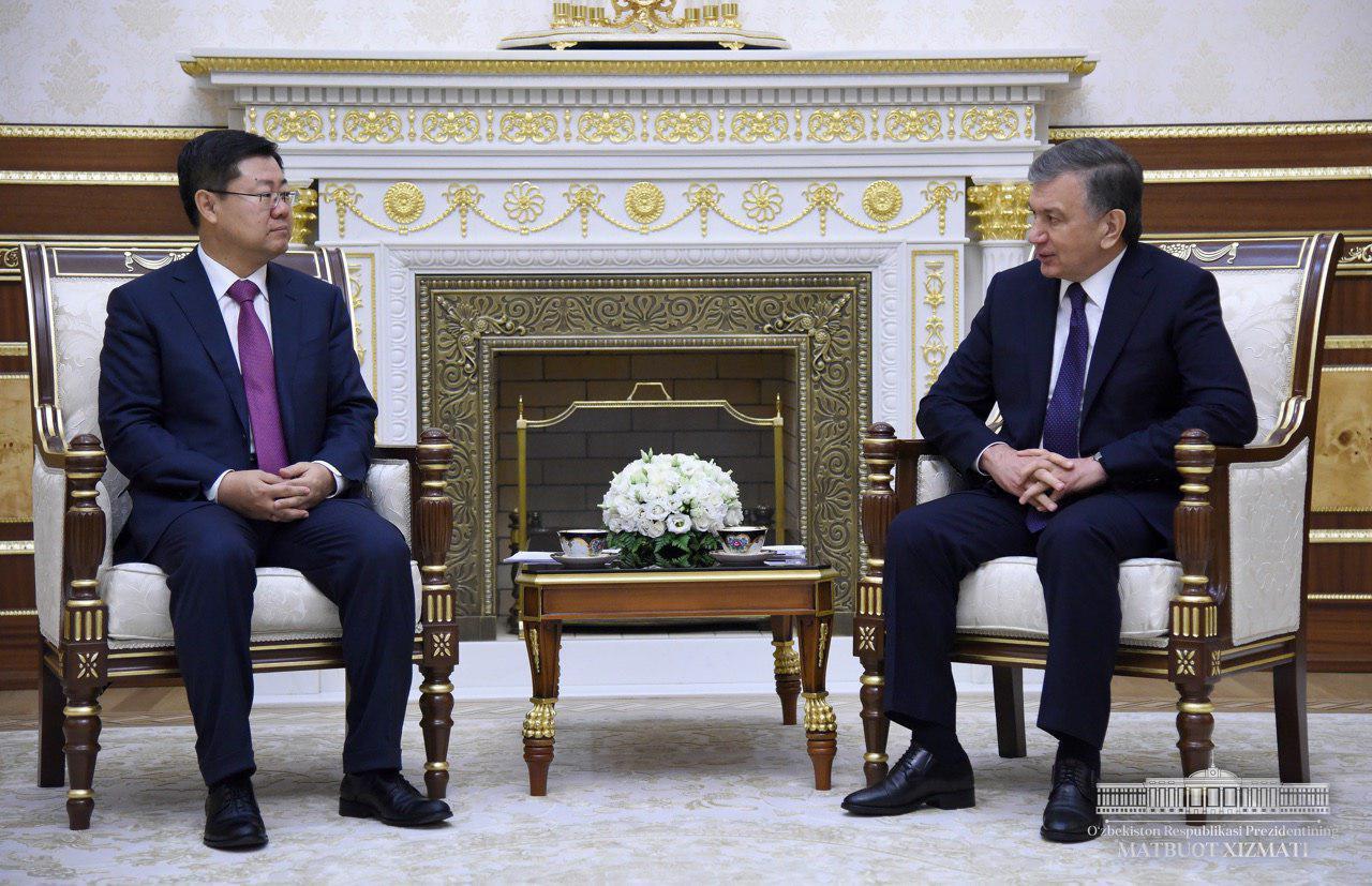 Президент Узбекистана принял посла КНР